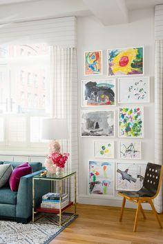 Family Living Room Ideas New 20 Family Friendly Decorating Ideas Stylish Kid Proof Diy Wall Art, Diy Wall Decor, Diy Art, Art Decor, Contemporary Family Rooms, Homemade Wall Decorations, Room Decorations, Idee Diy, Family Room Design