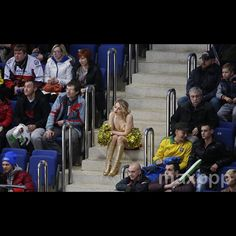 Spectators watch the Euro Hockey tour Channel One Cup match between Finland and Sweden, in Moscow, Russia, 20 December 2015.  EPA/YURI KOCHETKOV (MaxPPP #photo #photos #pic #pics #picture #pictures #snapshot #art #beautiful #instagood #picoftheday #photooftheday #color #all_shots #exposure #composition #focus #capture #moment #photojournalisme #photojournalism #reportage #maxppp
