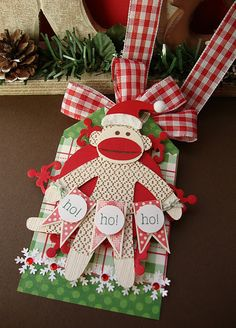 I've got to make this..now to find the svg. Found the svg here.. http://tujs.wordpress.com/2011/02/16/sock-monkey-svg/