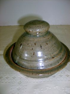 Eastern TN art vintage pottery, Round Domed Butter Dish, Hand Thrown Clay, Earth Toned Glaze,  Dome &  Base Fit Great, Christmas  perfect