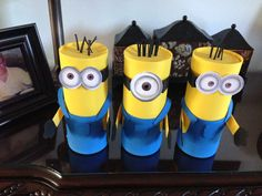 dulceros Candy Favors, Candy Bags, Goodie Bags, Foam Crafts, Paper Crafts, Diy Crafts, Minion Pinata, Despicable Me Party, I Party