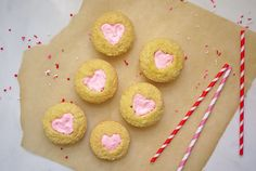 At-Home Twinkies from #ClassicSnacksMadeFromScratch via OneHungryMama #valentinesday