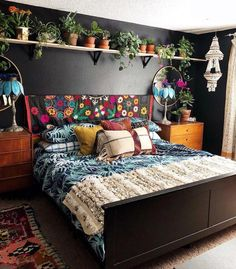 Bohemian Bedroom Decor And Bed Design Ideas… – decoracion – Home Decor Ideas Bohemian Bedroom Design, Bohemian House, Bohemian Decorating, Modern Bohemian, Bohemian Décor, Bedroom Designs, Bohemian Bedroom Diy, Hippie House Decor, Gypsy Home Decor