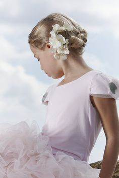 MONNALISA CHIC Spring Summer 2014 Beautiful Children, Beautiful People, Pretty Kids, Kids Fashion, Young Fashion, Lifestyle Photography, Spring Summer, Summer 2014, Girl Hairstyles