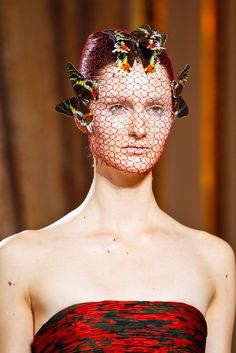 Giambattista Valli Fall 2012 Couture Collection Photos - Vogue