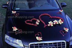 Hearts Car Deco Kit Yellow Orchids and red hearts with beads. Here on black AUDI limousine. Wedding Car Decorations, Heart Decorations, Wedding Cars, Bridal Car, Black Audi, Yellow Orchid, Wedding Arrangements, Arte Floral, Small Heart