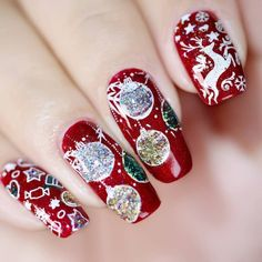 Finding amazing Christmas Nails has never been easier! There are so many wonderful nail artists out there and the Christmas Nail Art is some of our favorite. Winter Nail Designs, Christmas Nail Designs, Christmas Nail Art, Holiday Nails, Nail Art Designs, Christmas Glitter, Christmas Quotes, Christmas Pictures, Red Christmas