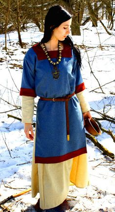 Medieval russian tunic for woman.