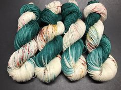Oscar Worsted Hand Dyed Yarn Worsted weight number 4 10