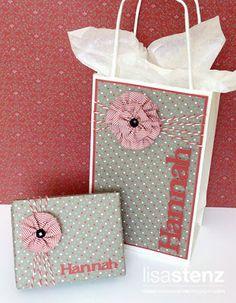 Lisa's Creative Corner: Handcrafted Holidays Blog Hop - Gift Wrapping Ideas #SparkleAndShine #ArtPhilosophy