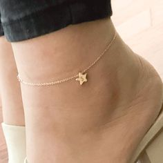 Hand Stamped Initial Cute Star charm Anklet/Gold Silver Rose Gold Plated/Gifts for Her Girl Birthday Bridesmaids Mothers day Valentine's Day Personalized Jewelry, Custom Jewelry, Anklet Tattoos, Ankle Chain, Valentine's Day, Cute Stars, Beaded Anklets, Keep Jewelry, Toe Rings