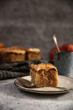 Jablkový koláčik so Slaným Karamelom – Stvory z kuchyne Tiramisu, Sweet Recipes, Cheesecake, Food And Drink, Sweets, Ethnic Recipes, Drinks, Desserts, Fruit Cakes