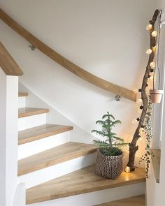 The cuddiest season. Well, through the Tuesday my pretty - Decoration For Home House Stairs, Interior Design Living Room, My Dream Home, Interior And Exterior, Beautiful Homes, Diy Home Decor, Sweet Home, New Homes, Staircase Ideas
