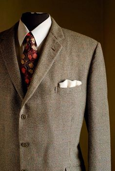1960s Bespoke 3 button tweed jacket 46L by thesarahmarieshop