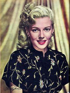 Lana Turner April 1944  Modern Screen
