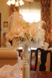 using feathers in centerpiece