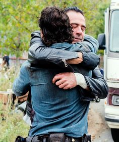 Oh sure, they are friendly off set. But on.... HECK NO! TEAM RICK GRIMES Y'ALL!!! RICK PULL AWAY NOW! DON'T GIVE IN!