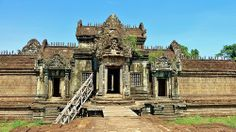 Banteay Samre,Siem Reap,Cambodia Hindu Temple, Siem Reap, Angkor Wat, 12th Century, Abandoned Places, Cambodia, Mansions, House Styles, Derelict Places