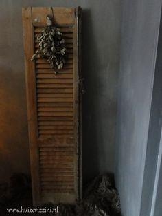 Oud houten luik nr. 2