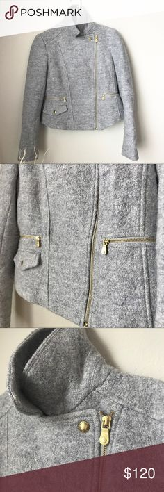 Banana Republic Wool Coat Beautiful grey color. Heavy, considering the cute fit of this jacket! Perfect unzipped in the fall, and def warm enough for the winter months as well. 👍🏼☃️ says xs, could prob fit sm as well Banana Republic Jackets & Coats