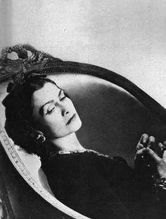 Gabrielle Chanel. COCO E L'ISTRIONE
