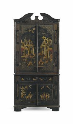 A GEORGE II BLACK AND GILT-JAPANNED CORNER CABINET - CIRCA 1730.