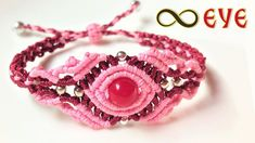 Macrame tutorial: The infinity Eye bracelet - Easy and elegant knotting project Macrame Bracelet Patterns, Macrame Bracelet Tutorial, Macrame Patterns, Macrame Jewelry, Macrame Bracelets, Loom Bracelets, Yarn Friendship Bracelets, Friendship Bracelet Patterns, Micro Macramé