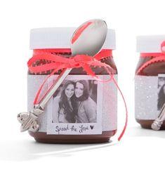 arkadaşa-el-yapımı-hediye Bff Gifts, Box Design, Ideas Para, Ipod, Personalized Gifts, Diy And Crafts, Lunch Box, Perfume Bottles, Birthdays
