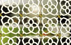Ceramica Ecooler: aire acondicionado sin usar energía Este sistema desarrollado por Mey and Boaz Kahn permite enfriar el aire mediante un enrejado de cerámica hueca que se rellena de agua.