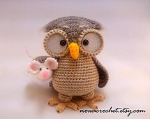 Pinning because it's cute!  Owl with little piglet!   :-)  Ravelry: Owl Henriette pattern by Tamara Nowack