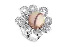 Yoko London 18kt white gold ring with a 14-15mm natural colour radiant orchid Freshwater pearl and 3.46cts diamonds.