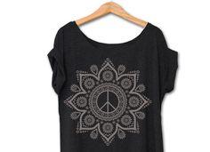 T-Shirts mit Spruch - SHIRT MANDALA PEACE BLACK - ein Designerstück von hippie-love bei DaWanda