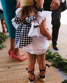 It's My Valentine: Faith: María Baraza Baby Girl Fashion, Kids Fashion, Wedding With Kids, Wedding Ideas, Baby Dress, Marie, Girl Outfits, White Dress, Ruffle Blouse