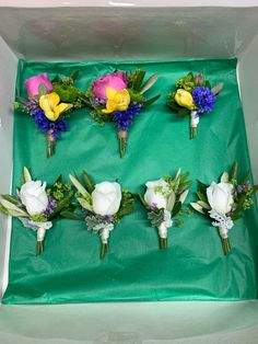 Boutonnieres, Table Decorations, Tableware, Furniture, Home Decor, Dinnerware, Room Decor, Tablewares, Home Furnishings