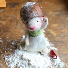 Cute Needle felted wool animals mouse (Via @sweetpeafelts)