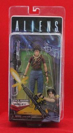 Aliens SPACE MARINE LT. RIPLEY Action Figure NECA Alien Day Kenner Exclusive #NECA