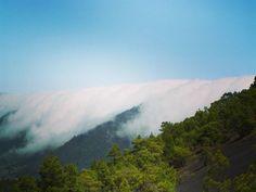 Wolkenfall #lapalma #timetofly #laislabonita #canaryislands #travellers #españa #feelingfortunate #canarias #islascanarias #paradise #relax #tourism #beach #paraíso