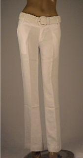 Pantalón lino, disponible en blanco y beige con cinturón trenzado $145.000