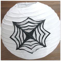 Spinnennetz schneiden  Halloweendeko Halloweenparty Halloween DIY Deko  www.pickposh.de
