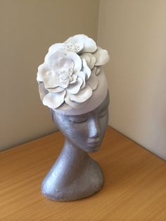 Lorde by LEAH CASSIDY #millinery #HatAcademy #hats