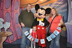 Gender Reveal at Disney! Disney Gender Reveal, Gender Reveal Photos, Pregnancy Gender Reveal, Pregnancy Photos, Baby Photos, Disney Baby Announcement, Sibling Announcement, Pregnancy Announcements, Disney Babys