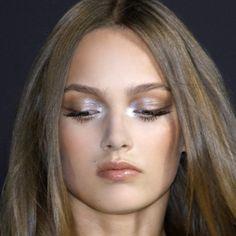 Makeup Inspo, Makeup Inspiration, Beauty Makeup, Eye Makeup, Hair Beauty, Best Workwear, Aesthetic Makeup, Pretty Face, Pretty People