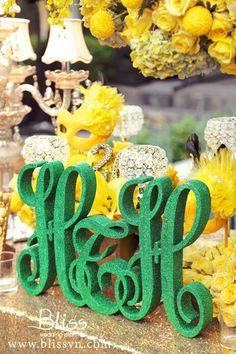 Emerald Wedding - Gold & Emerald Wedding by Bliss Wedding Planner- Dịch vụ cưới trọn gói - Ý tưởng cưới - Wedding Planner #weddingplanner #weddingplannervietnam #vietnamweddingplanner #hcmweddingplanner #weddingplannerhcm #vintagewedding #emeraldwedding #weddingideas #weddingdecorations #blissweddingplanner #ytuongcuoi #dichvucuoi #2015-wedding-trend