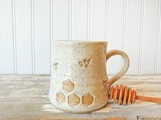 Bee & Honey Mug - Handmade Pottery - Coffee Mug #BarbarahRobertsonPottery #pottery #potterymug #ceramics #handcrafted #etsy #etsyshop #handmade #handmadepottery Pottery Mugs, Pottery Studio, Stoneware Clay, Bee Keeping, Handmade Pottery, Unique Gifts, Coffee Mugs, Honey, Etsy Shop