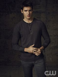 The Vampire Diaries -- Pictured: Steven R. McQueen as Jeremy -- Image Number: VD4_Jeremy_1426r.jpg -- Photo: Justin Stephens/The CW -- © 2013 The CW Network, LLC. All rights reserved.