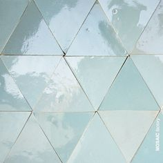 Glasierte Dreieckige Turkisfarbene Zellige Fliesen Von Mosaic Factory Die Ze In 2020 Mosaic Pool Tile Geometric Tiles Handmade Tiles