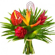 Bouquet Exo Amour | Ce bouquet de fleurs se compose de 2 alpinias, 1 héliconia, 1 anthurium et son feuillage exotique | Livraison de Fleurs et Cadeaux à domicile