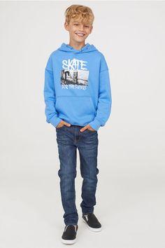 Skinny Fit Jeans - Kenyia 's board - Kids Style Tween Boy Fashion, Tween Boy Outfits, Latest Boys Fashion, Toddler Fashion, Fashion Kids, Toddler Outfits, Outfits For Teens, Fashion 2018, Fashion Clothes