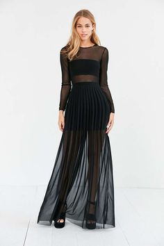 Silence + Noise Katerina Pleated Mesh Maxi Dress - Urban Outfitters