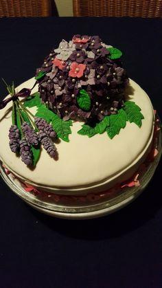 Hortensia/lavendel fondant taart